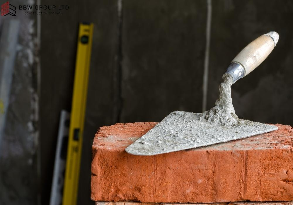 How many bricks will a 25kg bag of cement lay?