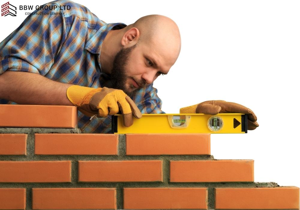 Why did bricklayers wear white?